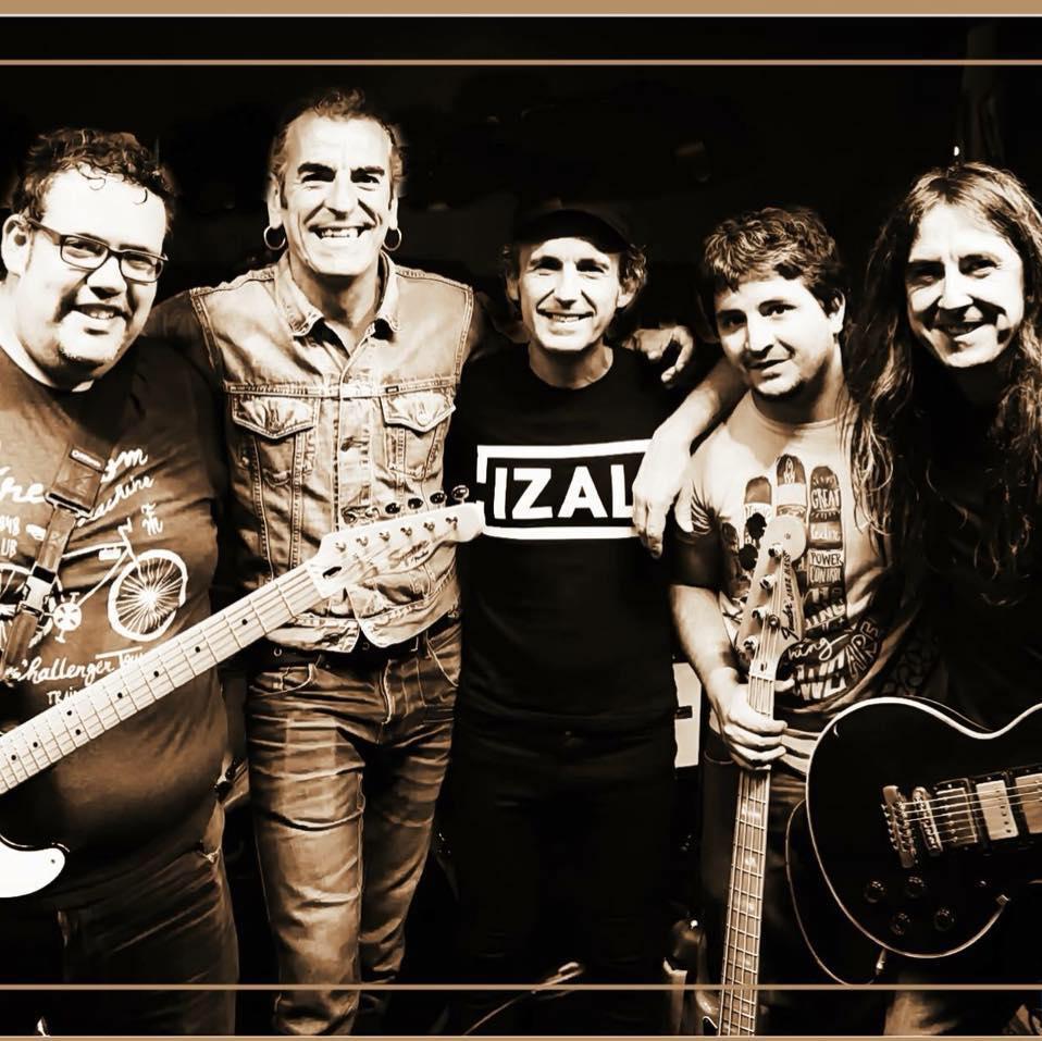 Latxatarra, nuevo nombre del mítico grupo de Pamplona Escarabajos confirma nuevo disco