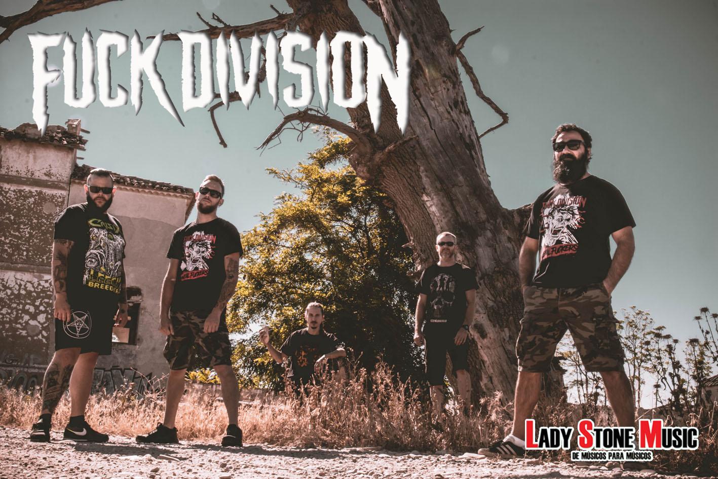 Fuck Division fichan por Lady Stone Music