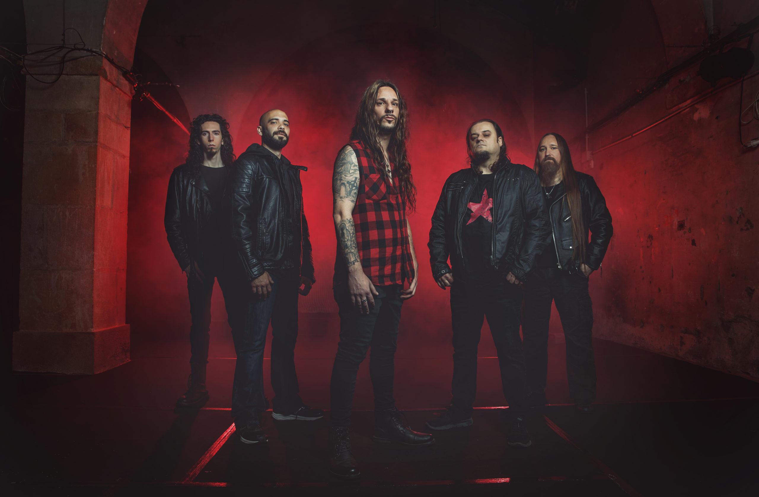 Ravenblood ficha por On Fire Records y sacará su nuevo disco el 1 de octubre