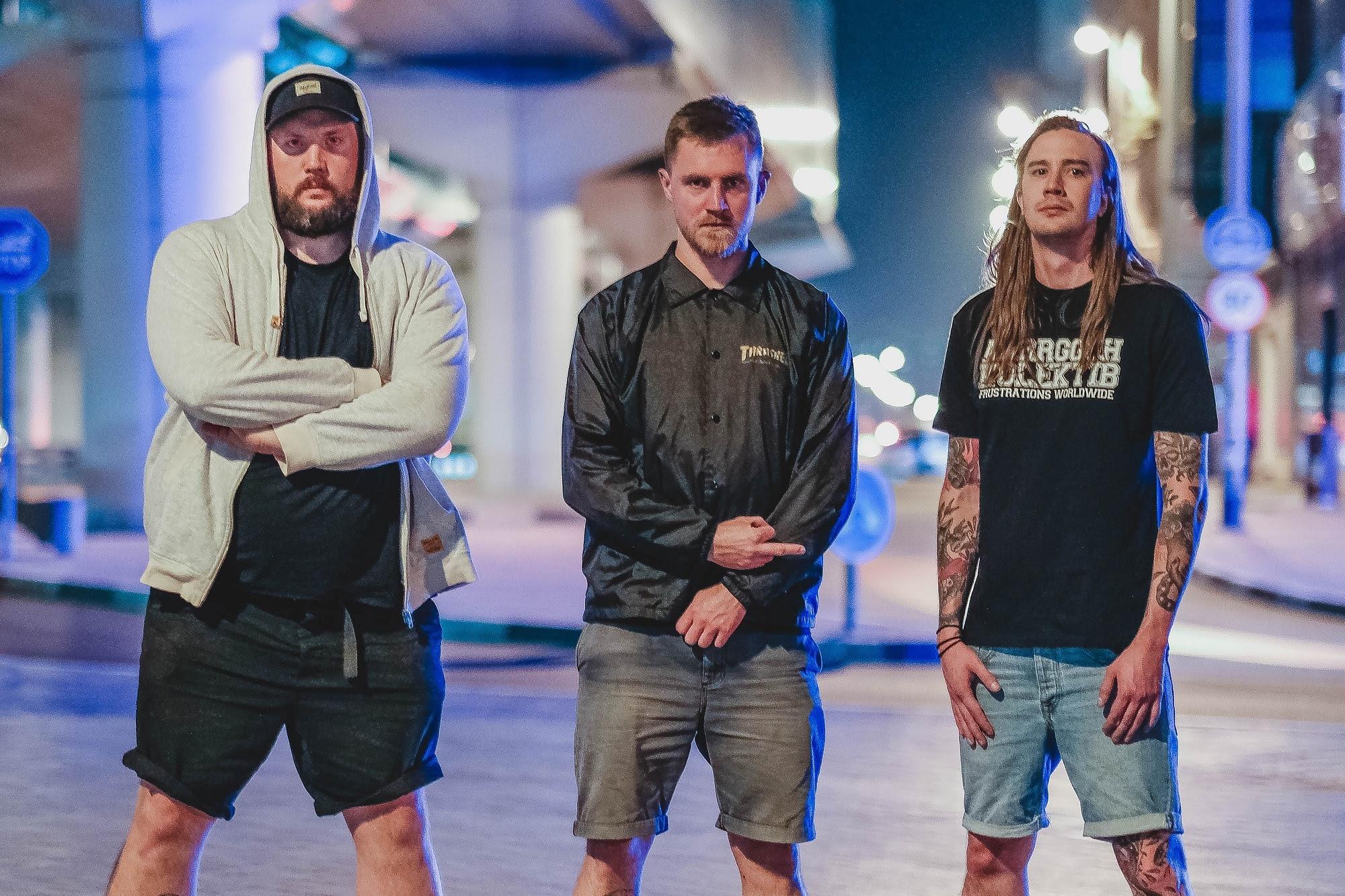 La banda sueca de metal LEACH lanza «Serenade (For The Broken Brave)»
