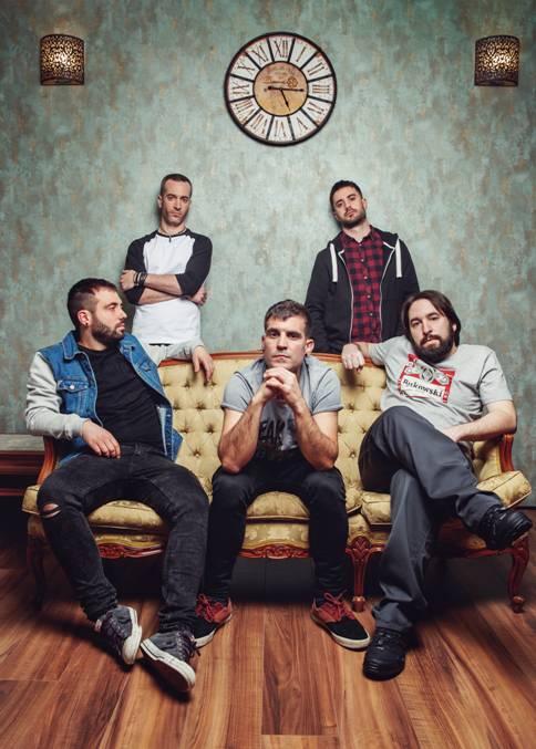 MOSH unen fuerzas con BELLAKO (Rober, su vocalista) en su nuevo single «No Busques Problemas»