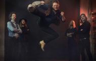 """HORISONT Estrena una versión del tema,  """"Sheldon Churchyard"""" con vídeo incluido"""